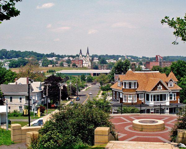 Veduta della cittadina di New Britain (Connecticut, USA)
