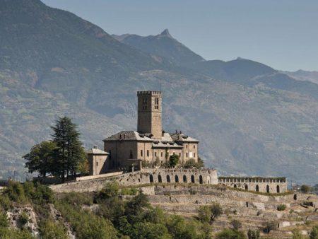 Visita al Castello Reale di Sarre, in Val d'Aosta