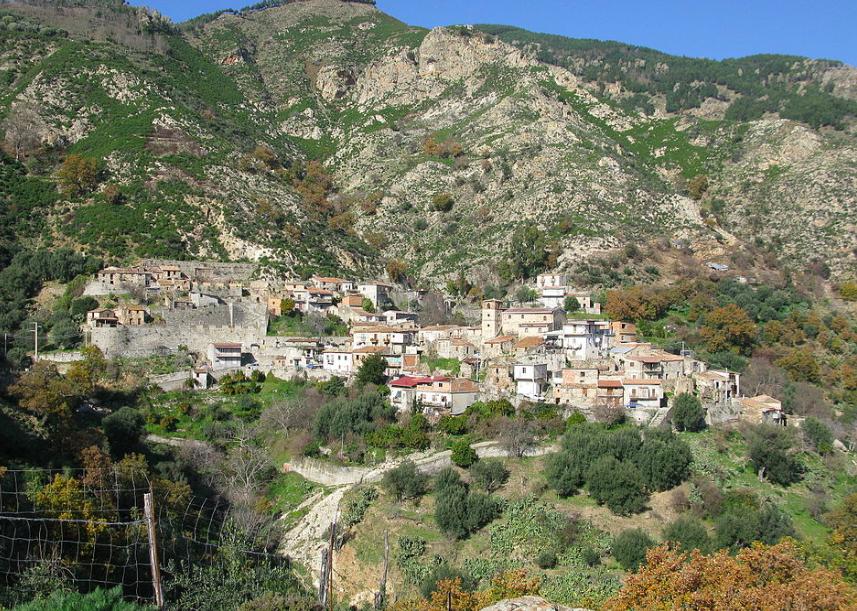 Escursioni da Reggio Calabria: una giornata nel borgo grecanico di Gallicianò